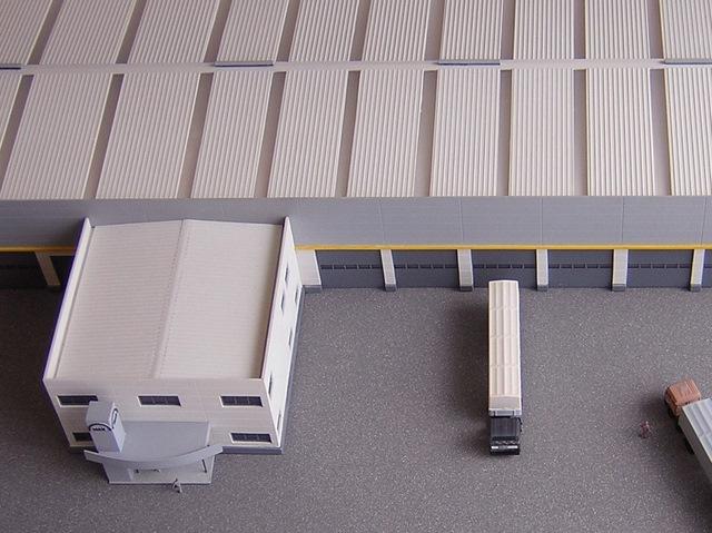 MAQUETAS CLEMENTE · Edificio y Nave Industrial Concesionario MAN 1-200 · Maquetas