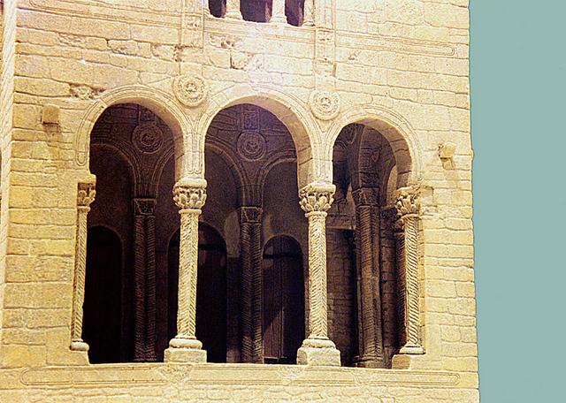 MAQUETAS CLEMENTE � Santa Maria del Naranco 1-50