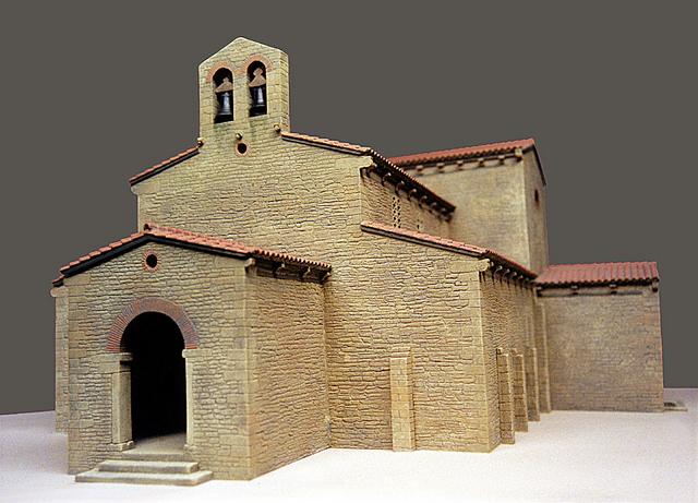 MAQUETAS CLEMENTE · San Julián de los Prados 1-50 · Maquetas