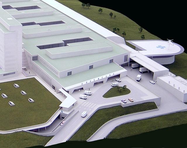 MAQUETAS CLEMENTE · Hospital Central de Asturias 1-250