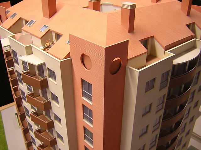 MAQUETAS CLEMENTE � Edificio Torre Maya 1-75
