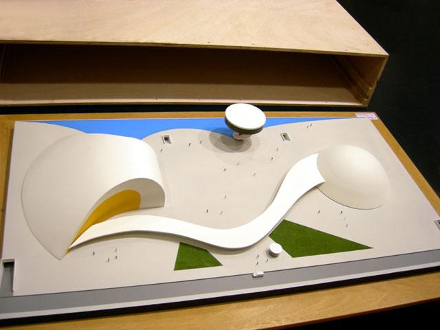 MAQUETAS CLEMENTE � Centro Internacional Oscar Niemeyer 1-200