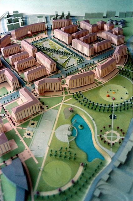 MAQUETAS CLEMENTE � Urbanizacion montevil este  1-500